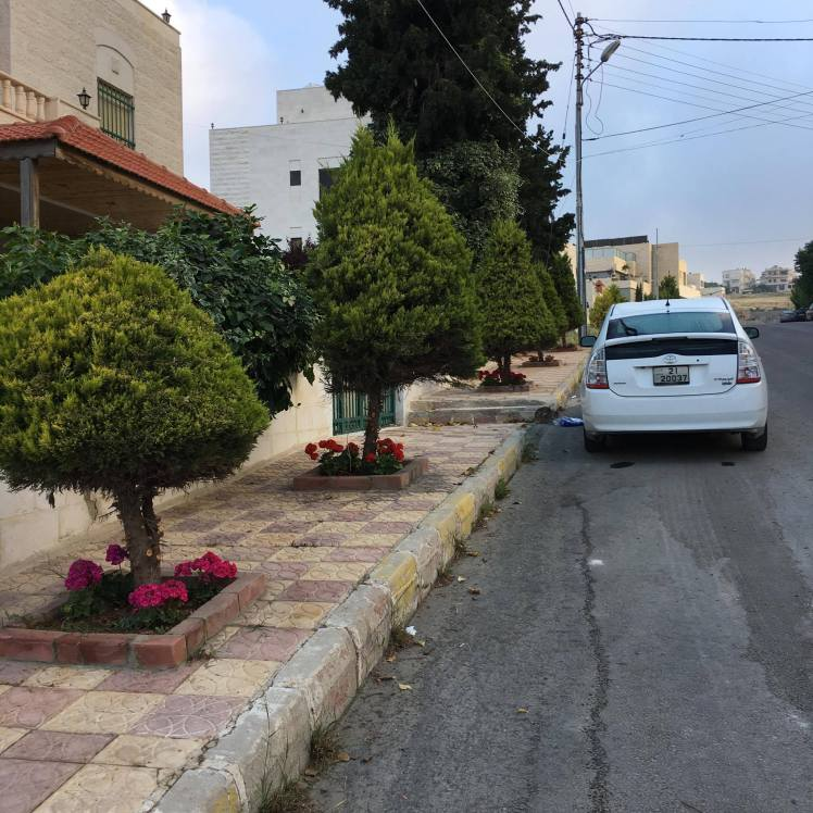 sidewalks in amman