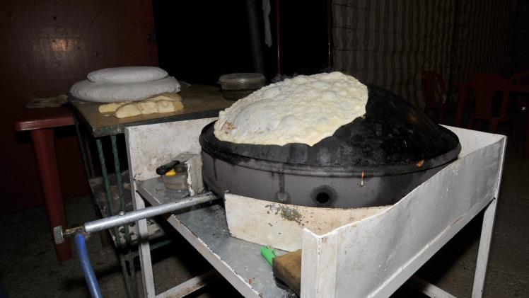 Markouk_-_Bread_on_Saje