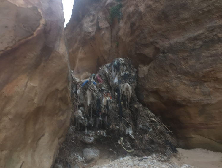 trash-flash-floods-jordan.jpg