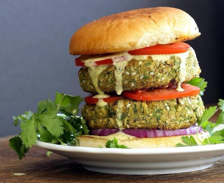 vegan-falafel-burger-vegan richa