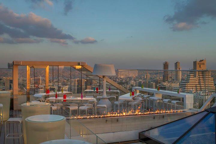 uroof lounge amman city views