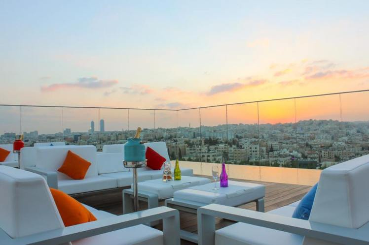 uroof lounge amman sunset