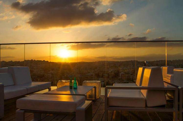uroof lounge sunset amman rooftop bar