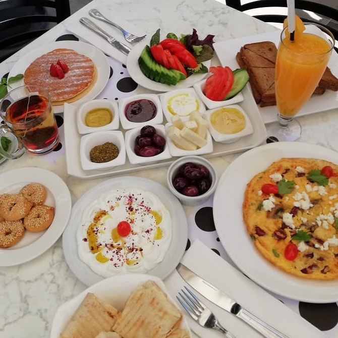 brunch breakfast eatery co amman